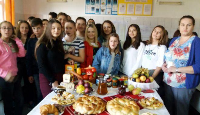 Foto: Elevii Liceului