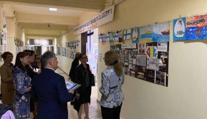"""Foto: Şcoala """"Gheorghe Țițeica"""" a sărbătorit Ziua Europei"""