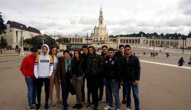 Foto: Elevii din Medgidia se școlesc în Portugalia și Spania