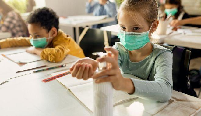 Elevii vor învăţa la şcoală despre limitarea răspândirii noului coronavirus - eleviivorinvata-1617302030.jpg