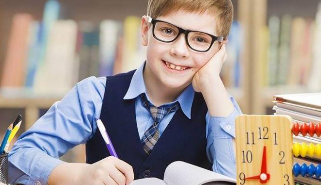 """O NOUĂ MATERIE PENTRU ELEVI? """"Şcolile ar trebui să introducă, obligatoriu, educaţia pentru sănătate"""""""