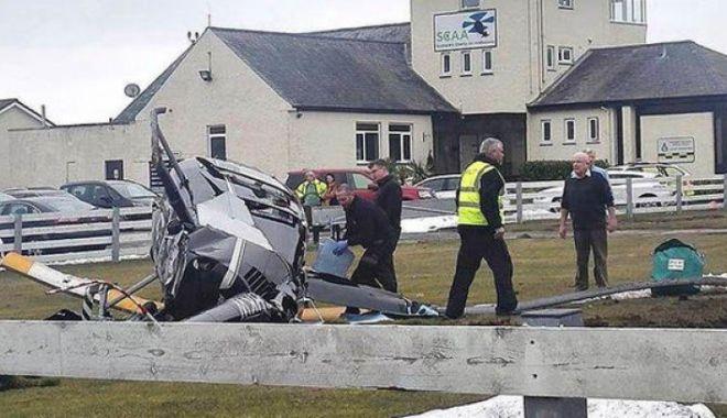 Foto: Incidentele aviatice se țin lanț. Un elicopter s-a prăbușit pe Aeroportul Perth