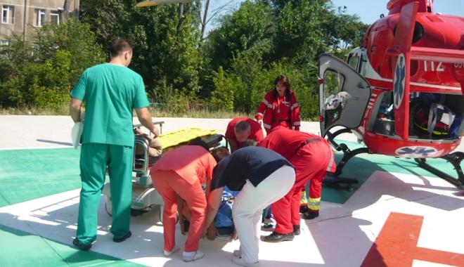 Zeci de victime salvate de SMURD Constanța - elicoptersmurd1-1379522451.jpg