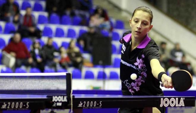 Foto: Campionatul European de tenis de masă pe echipe. Eliza Samara şi compania, doar locul 7