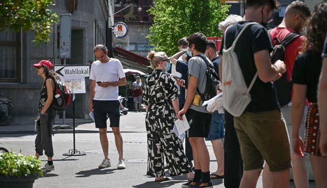 REUTERS - Referendum în Elveția. Ce legi au fost respinse de cetățenii țării - elvetieniiaurespins-1623676939.jpg