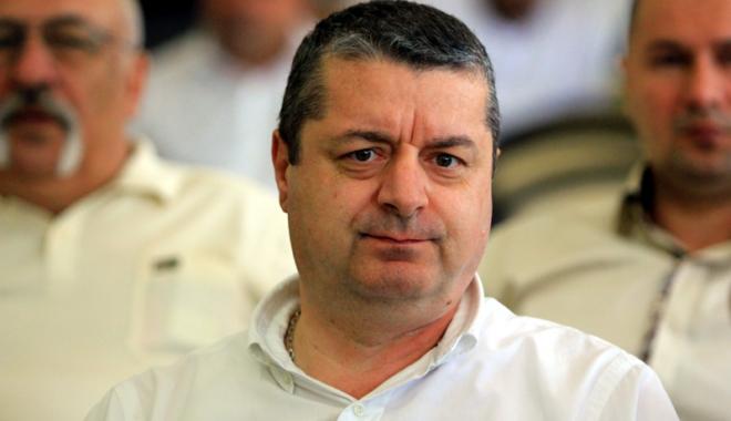 Foto: Emil Banias a pierdut mandatul  de consilier judeţean