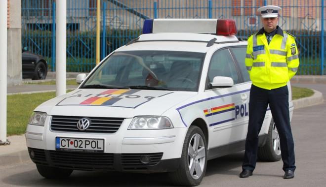Polițistul care a băgat spaima în șoferii din Constanța - enachepolistist-1366389602.jpg