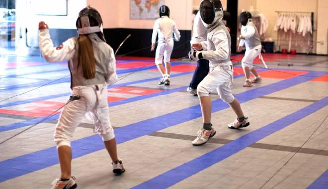Foto: En garde! Micii spadasini ai Constanţei participă la CN de copii