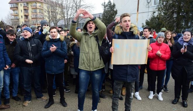 """E oficial! Colegiul Tehnic de Marină """"Alexandru Ioan Cuza"""" va fi mutat în locul Grupului Şcolar """"Vasile Pârvan""""! - eoficialcolegiultehnic3-1516090352.jpg"""
