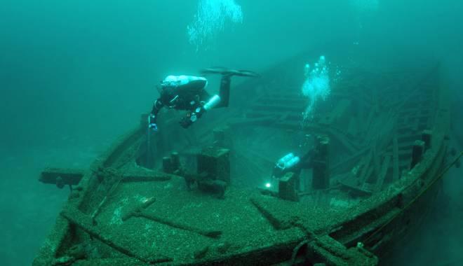 """Foto: Comoara scufundată lângă Constanţa. """"Sunt cufere cu monede de aur  şi de argint. Au valoare foarte mare"""""""