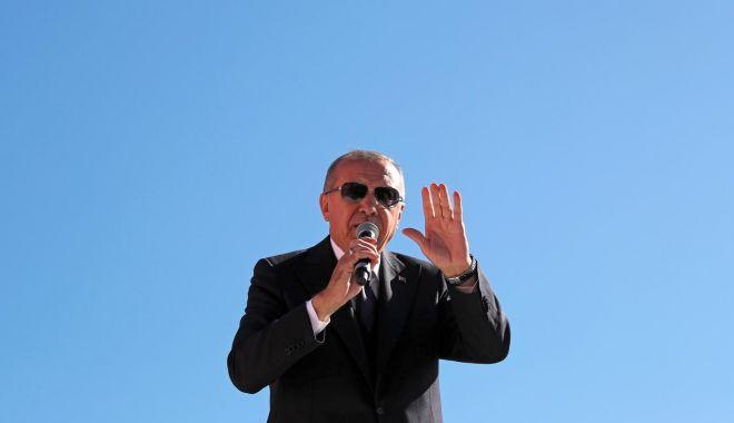 Foto: Erdogan luptă pentru Istanbul și Ankara, după înfrângerea șoc, ce face înconjurul lumii