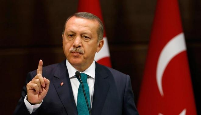Foto: Erdogan: Liderii turci îl vor boicota pe ambasadorul SUA