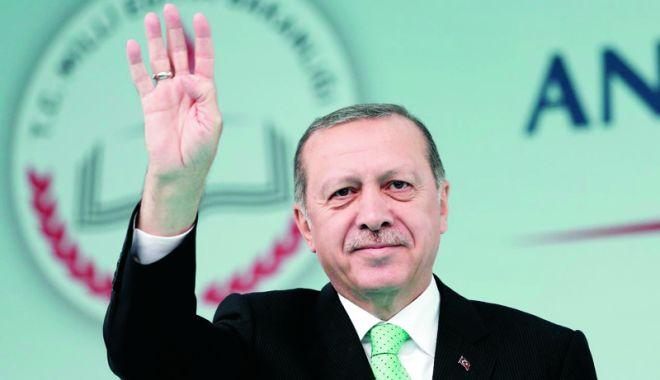 Foto: Erdogan: Deprecierea lirei, rezultatul unui complot politic