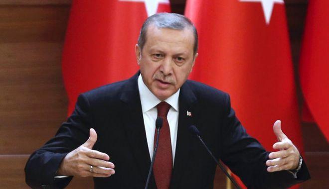 Foto: Erdogan a anunțat că un elicopter turc a fost doborât în Siria