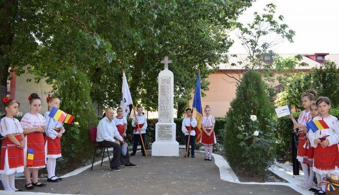 Eroii neamului, omagiaţi la Cumpăna - eroiineamului-1559846151.jpg