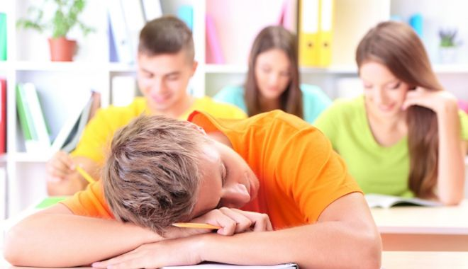 Cine este vinovat pentru eșecul elevilor de la Evaluarea Națională și Bacalaureat? (I) - esecelevi-1568571959.jpg