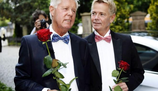 Ce voi fi la nuntă, socru mare sau socru mic? - eucevoifilanunta-1390825454.jpg