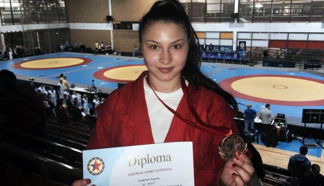 Foto: Eugenia Ciobanu, de la CS Farul, bronz la CE de sambo