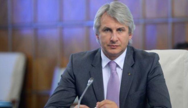 """Foto: Teodorovici, despre proiectul insolvenței: Va duce la """"curățirea mediului economic"""""""