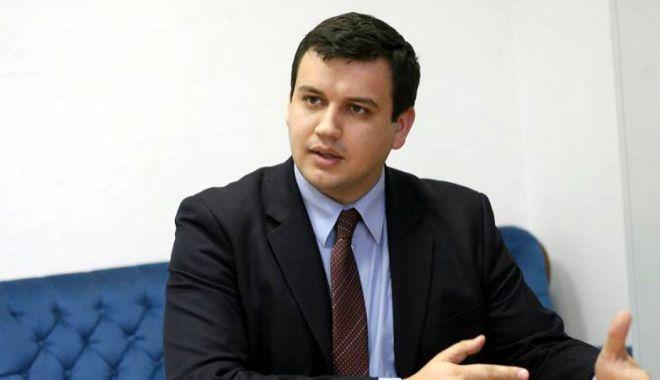 Foto: Președintele PMP, Eugen Tomac: Majoritatea PSD-ALDE a îngropat Centenarul