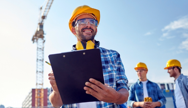 Foto: Inginerii constructori, la mare căutare pe piaţa muncii din străinătate