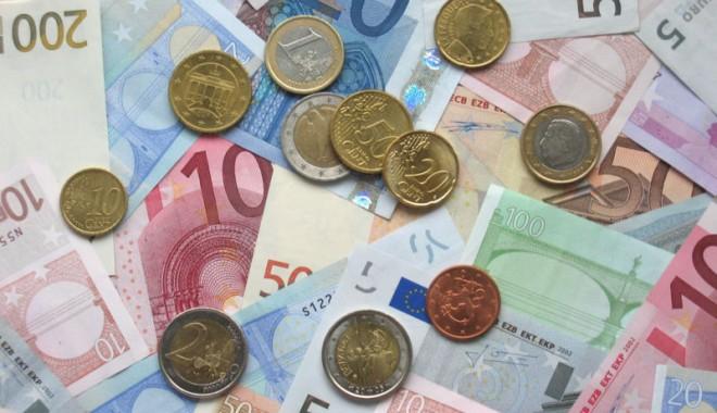 Foto: Curs BNR: 4,3409 lei/euro