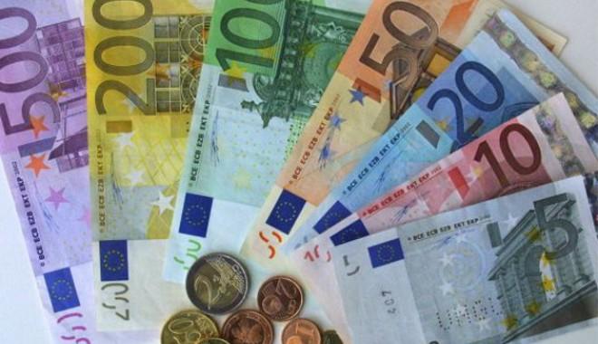Foto: Euro sare de 4,4 lei
