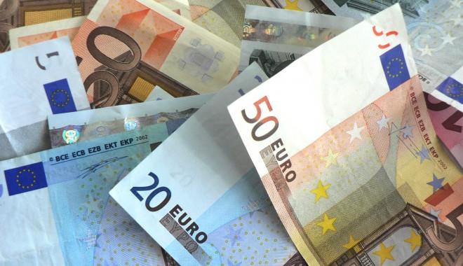Foto: Moneda EURO s-a apreciat
