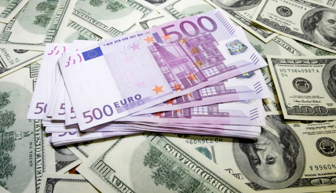 Foto: Euro a revenit peste pragul de 1,20 dolari, pentru prima dată în ultimii doi ani