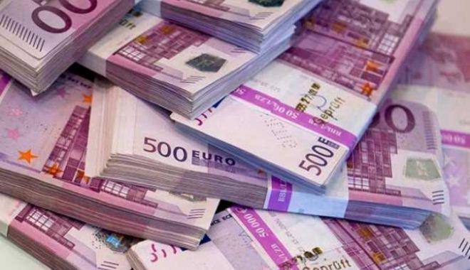 Foto: Datoria externă totală a României a crescut cu 4,25 miliarde euro în primele 6 luni