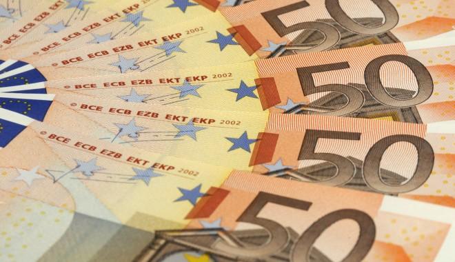 Foto: Curs BNR: 4,3534 lei/euro