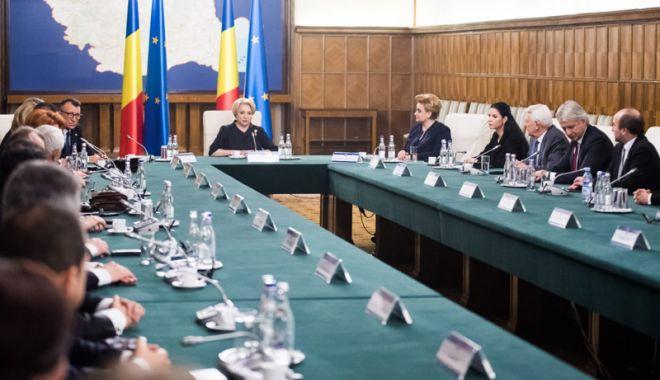 Foto: Eurobarometrul - o critică dură și un avertisment pentru instituțiile puterii din România
