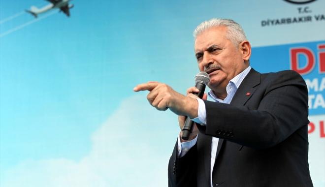 Foto: Turcia avertizează: Europa să-şi vadă de treabă în privinţa referendumului