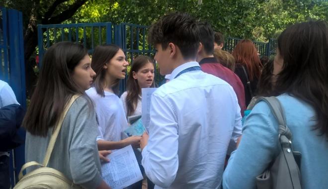 """Foto: """"Toţi luaţi 10!"""". Subiecte accesibile la proba la limba română de la Evaluarea Naţională"""