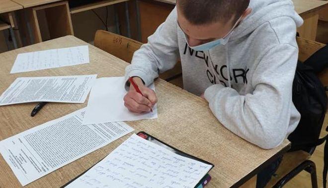 EVALUARE NAȚIONALĂ 2020. 19 medii de 10 în județul Constanța - evaluarenationala-1592835498.jpg