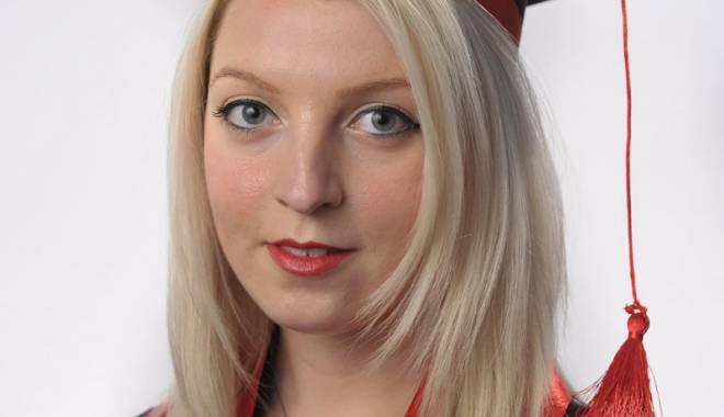 Claudia Evelina Grătianu, în echipa didactică a unei universități franceze de prestigiu - evelina-1443366498.jpg