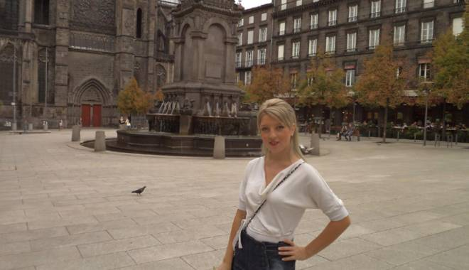 Claudia Evelina Grătianu, în echipa didactică a unei universități franceze de prestigiu - evelina2-1443366489.jpg
