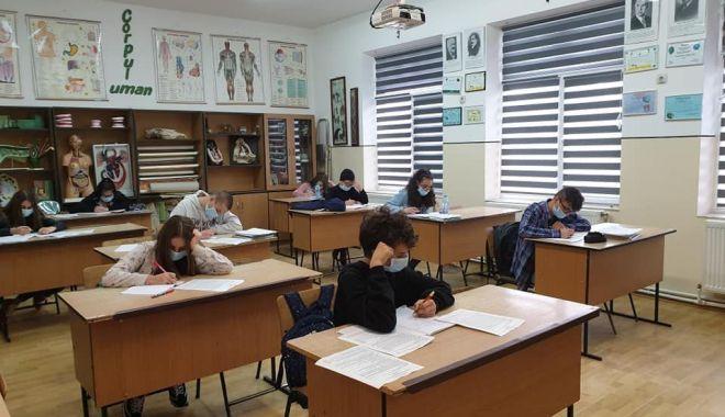 Examene în sesiunea specială. Vor fi susținute numai probele ratate - exameneetapaspeciala-1591628131.jpg