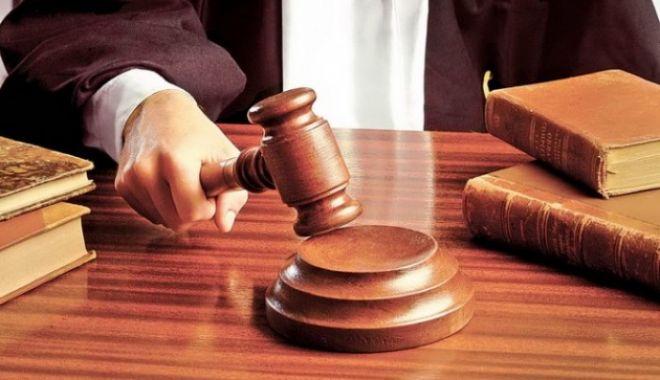 Foto: Judecător condamnat la închisoare cu executare, pentru mită. Ce sumă l-a băgat după gratii