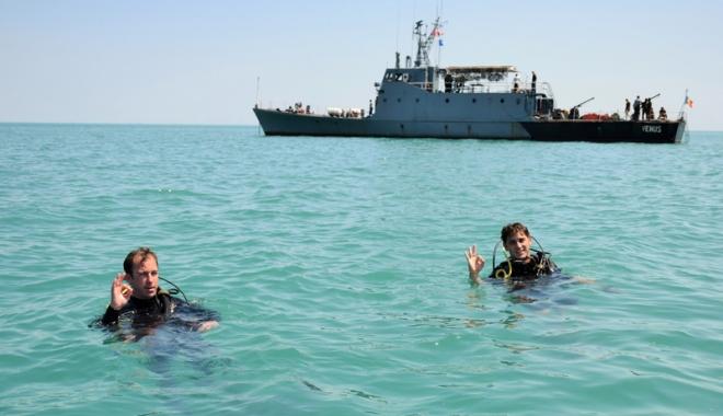 Foto: Exerciţiu internaţional organizat în Portul Constanţa şi în apele Mării Negre