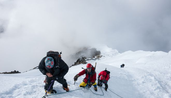 Foto: Expediţie românească în Himalaya, pentru copiii cu boli incurabile