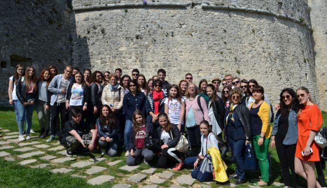 Experiență europeană pentru elevii din Năvodari - experientaeuropeana-1525791977.jpg