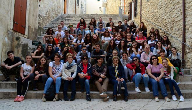 Experiență europeană pentru elevii din Năvodari - experientaeuropeana1-1525791996.jpg