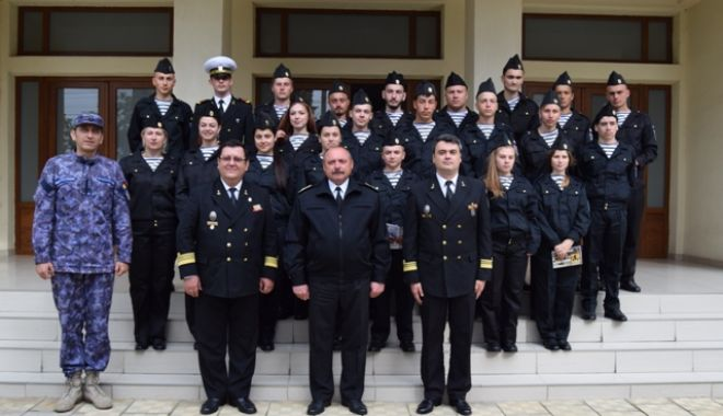 """Foto: Programul """"Cadet în Forțele Navale Române"""", la Academia Navală"""