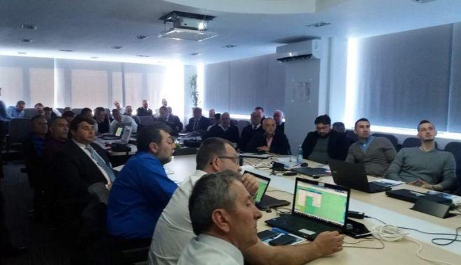 Foto: Experții EMSA susțin, la Constanța, cursul privind serviciile  maritime integrate