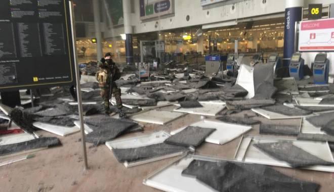 "Foto: EXPLOZII BRUXELLES / Rom�n stabilit �n Belgia: ""Se aud sirene de salvare, oamenii sunt panica�i"""