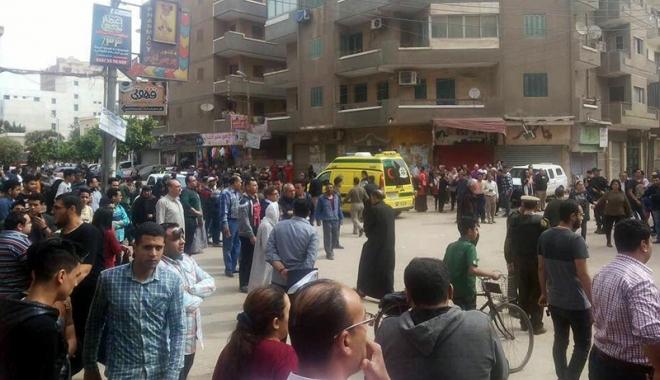 Foto: Explozie lângă  o biserică, în Egipt. Cel puţin 28 de morţi