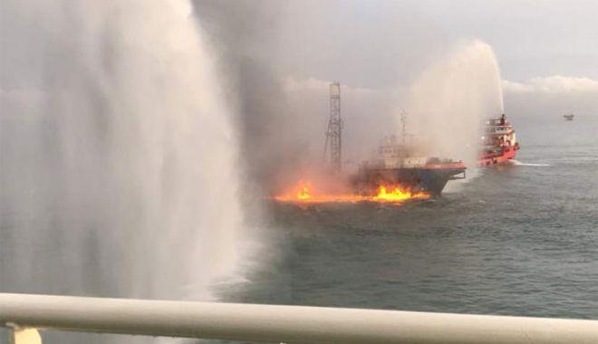 Foto: EXPLOZIE la bordul unei nave de cercetări! O persoană A DISPĂRUT