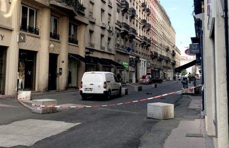 Alertă în Franța! Atac la Lyon: Cel puțin 13 victime - explozielyon141817300-1558762859.jpg