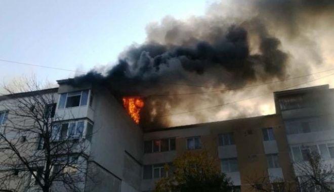 Foto: Tânărul ars în explozia din Piatra Neamţ va fi transferat în Belgia cu un avion al MApN
